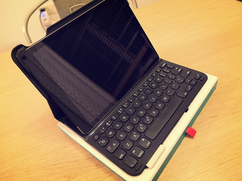 Review : Logitech Ultrathin Keyboard Folio for iPad Air 1