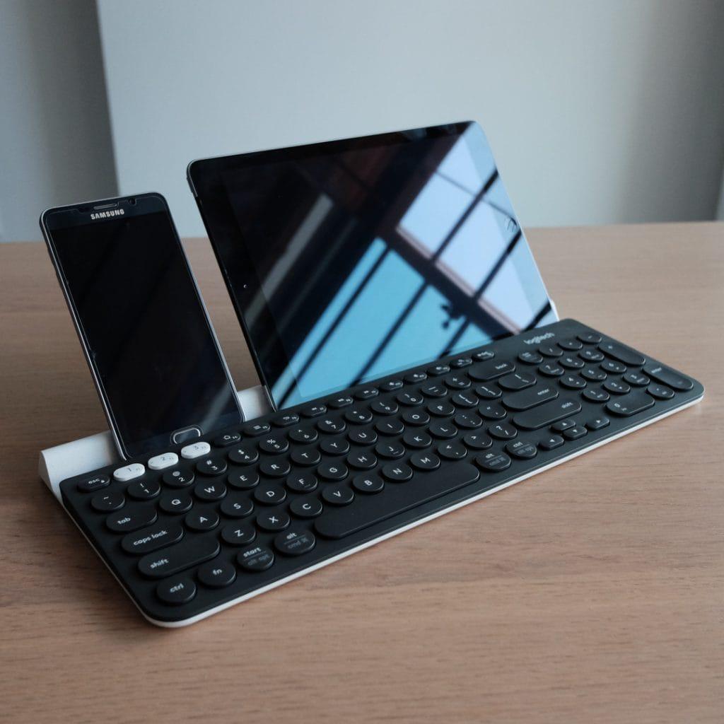 Logitech K780 Multi-Device Wireless Keyboard Review 7