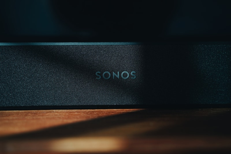 Sonos Beam Review and Sonos Subwoofer Introduction 8