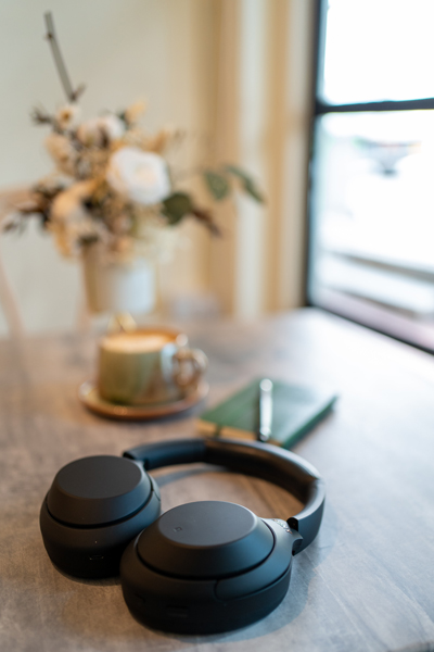 Review - Sony Noise Cancelling WH-1000XM4 Headphone 5